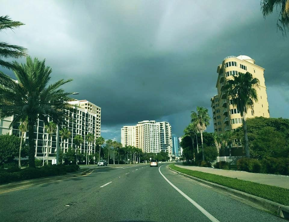 downtownsarasotaincomingstorm